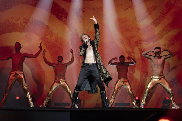 eurovision-dan-stevens-600x400