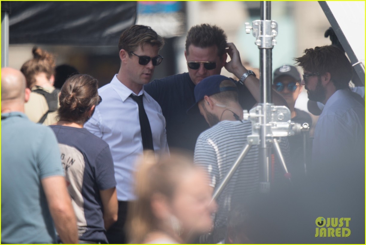 chris-hemsworth-films-men-in-black-4-16