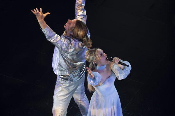 eurovision-will-ferrell-rachel-mcadams-04-600x400