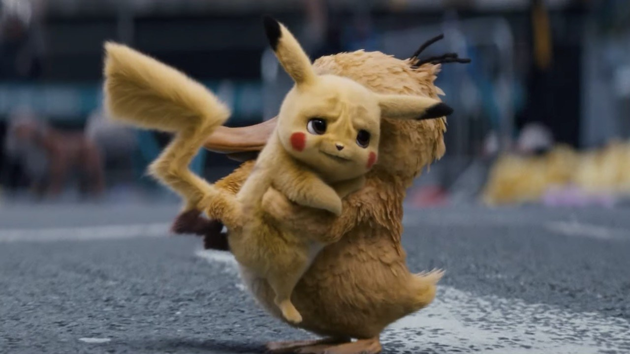 psyduck_hugging_detective_pikachu_screenshot