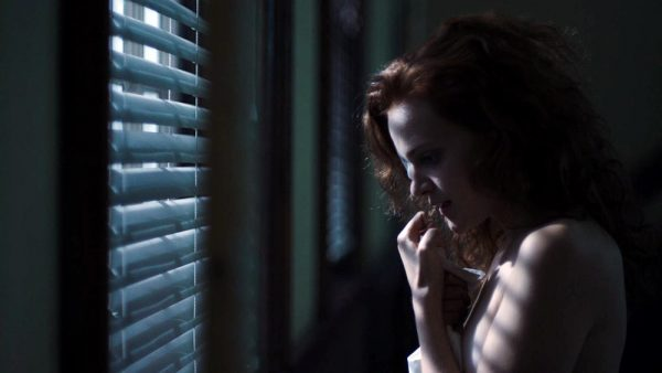 madeline-brewer-as-janine-600x338