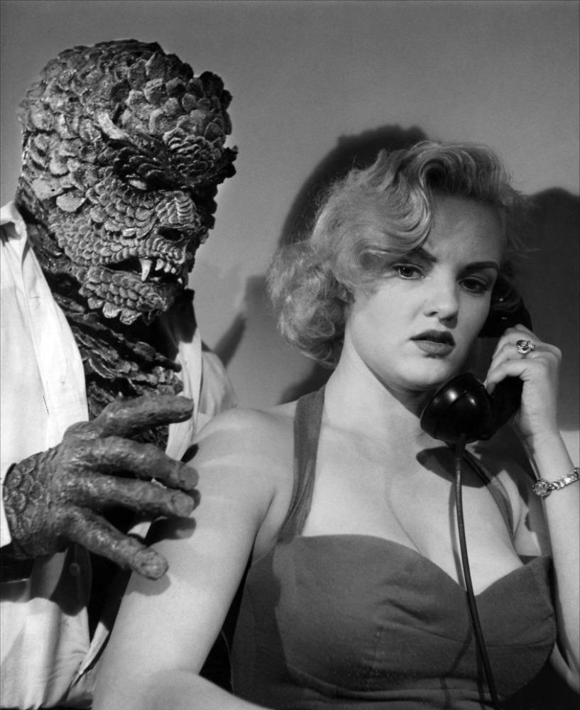 hideous-sun-demon-1959-03-g