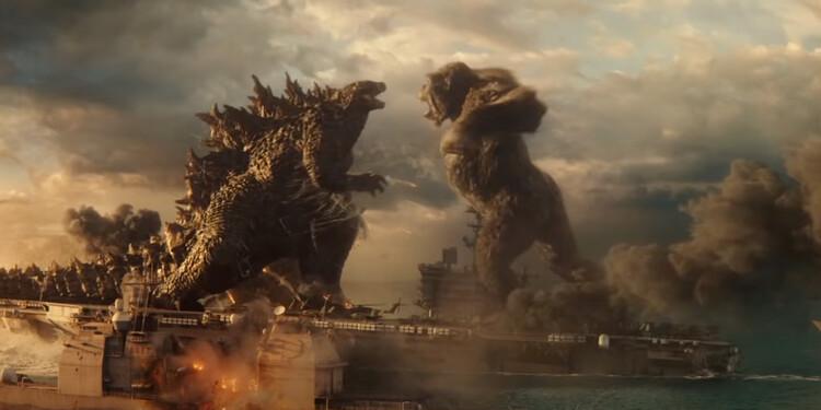godzilla-vs-kong-warner-bros-battleship-fight
