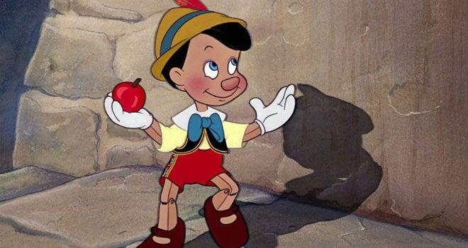 Pinocchio-avec-des-pommes